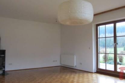 Gepflegte 3-ZW ca. 93 m2 mit Garten und Terrasse in Straßwalchen!