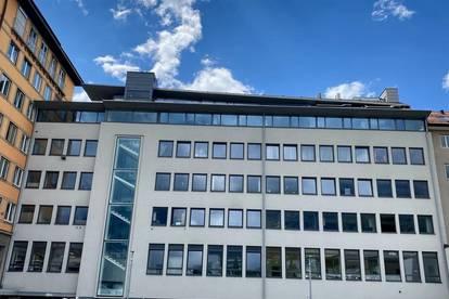 Zentrales Stadtbüro (2,5 Räume)
