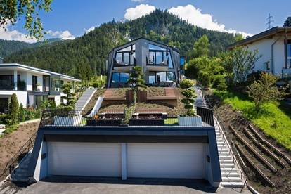 Luxus-Doppelhaushälfte in Panoramalage