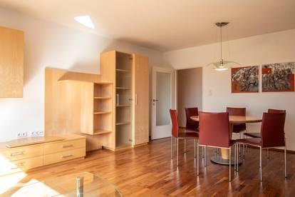 Helle 4 Zi-Wohnung mit Salzachblick