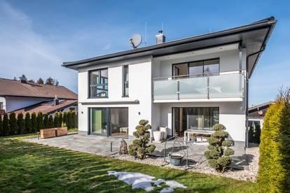 Villa: SUNNY Side of LIFE