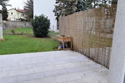 Neu renovierte Gartenwohnung  inkl. PKW Abstellplatz
