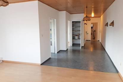 3-Zimmer-Wohnung mit großer Terrasse im Zentrum von Pottenstein