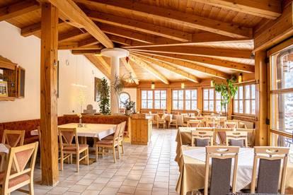Renovierte Jugendstil-Villa mit Restaurantbetrieb
