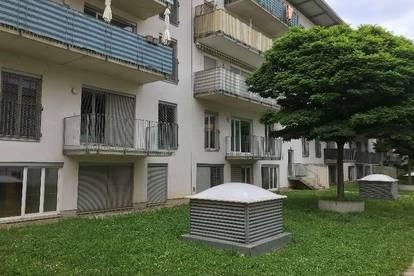 Zimmervermietung für Pendler/ Berufstätige/ Studenten mit Balkon