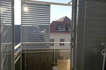 Extravagante 2,5 Zimmer-Wohnung  mit 3 Balkons