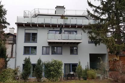 Einzigartige 4-Zimmer-Dachmaisonette mit Terrasse + Panorama-Dachterrasse + Eigengarten (optional) + Garagen- + Stellplatz