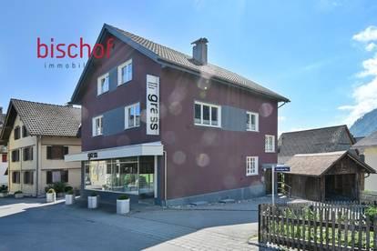 Wohnhaus mit Geschäftslokal zu verkaufen