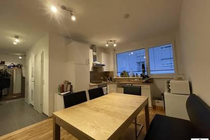 3 Zimmerwohnung in absoluter Toplage - Balkon in den Innenhof! ab Mai verfügbar!