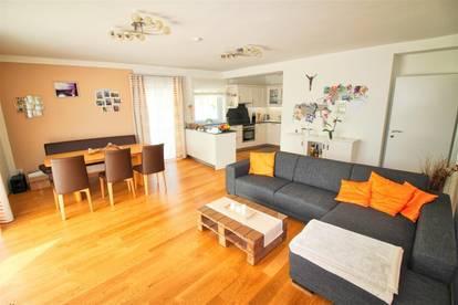 Sonnige 4-Zimmer Wohnung mit Blick auf den wunderschönen Wörthersee