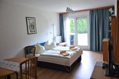 Sonnige Erdgeschosswohnung mit bezaubernder Grünfläche