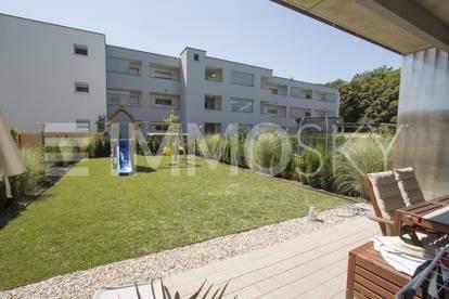 Moderner Gartentraum mit Tiefgaragenparkplatz!