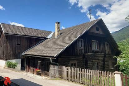Historisches Landhaus mit Sanierungsbedarf!