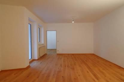 3 Zimmer Wohnung mit 77m², Loggia und Tiefgarage