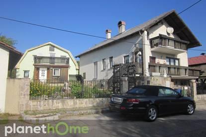 2 Häuser auf einem Grundstück mit Traumblick