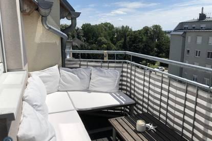 Geschmackvolle Dachgeschosswohnung mit Terrasse in Ruhelage