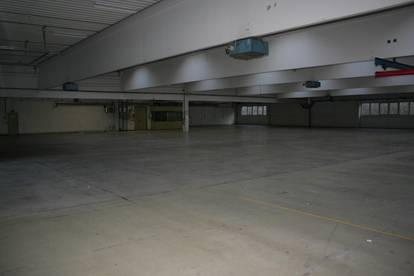 Lagerhalle mit Büro und Freifläche in St. Florian zu vermieten.