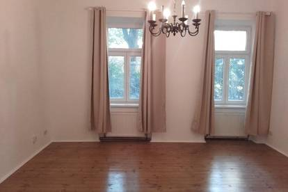 Befristete 3 Zimmer Altbauwohnung 3er WG geeignet !!!
