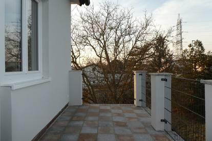 HELLAUF BEGEISTERT - Balkon, Parkplatz und Garten