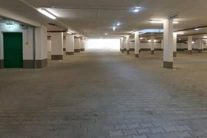Tiefgaragenplatz in zentraler Stadtlage - nahe St.Peter Schulzentrum! Ab sofort verfügbar!