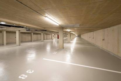 Tiefgaragenplatz in ausgezeichneter Lage - mit sehr guter öffentlicher Anbindung & Infrastruktur!
