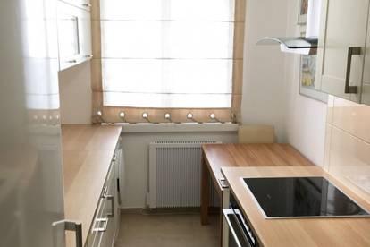 Schön eingerichtete 3-Zi-Wohnung, auch WG-geeignet