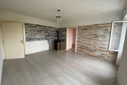 Eine schöne 3 - Zimmer Wohnung im guten Zustand.