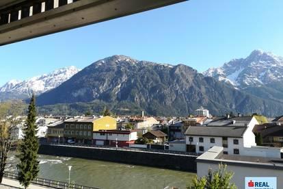 Mietwohnung im Glöcklturm - Balkon & Aussicht & Garage