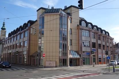 GESCHÄFTSLOKAL mit GASTROEIGNUNG im Zentrum von St. Pölten - Tiefgarage im Gebäude