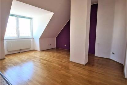DACHGESCHOSS! Bräuhausgasse, topgepflegte 52 m2 Neubauwohnung, 2 Zimmer, Wannenbad, Parketten, U4-Nähe, Fernblick