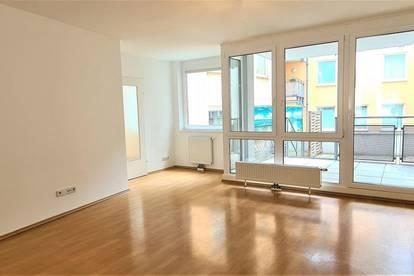 ZOLLERGASSE BEI FUZO Mariahilfer Straße, sanierte 81 m2 Neubau mit 43 m2 Loggia/Eigengarten, 3 Zimmer, Komplettküche, Hofruhelage