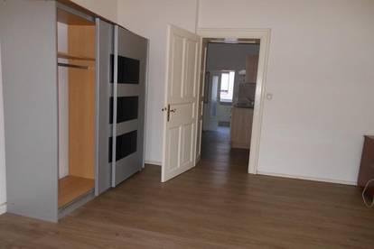 Helle, schöne Ein-Zimmer-Wohnung