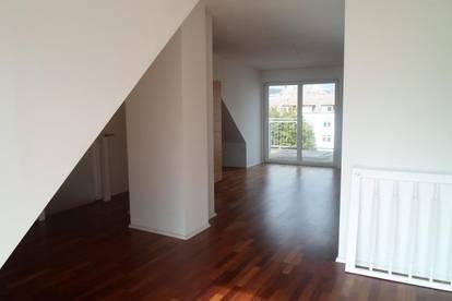 Bürgerstraße: Attraktive, ruhige, zentrumsnahe Maisonetten-Dachgeschosswohnung, 3 Zimmer, über 2 Ebenen, Terrasse, Balkon, WNFL 94,20m2