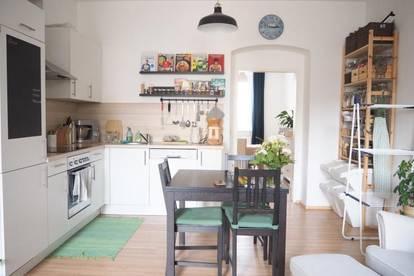 """Schöne Zweizimmerwohnung, 54 m² + Balkon, Küche möbliert ohne Ablöse, Parkplatz optional, nähe Musiktheater!"""""""