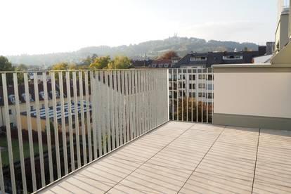 Toplage Urfahr! Neubau Erstbezug, DG-Maisonette 116,27 m² WNFL + 26 m² Terrassen, 4 Zimmer, unmöbliert, optional Garage od. Stellplatz! Top 5.14!