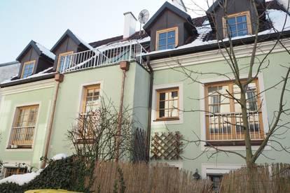 Römerberg! Ruhige 40 m² Zweizimmerwohnung im OG, Küche möbliert, unbefristeter Mietvertrag!