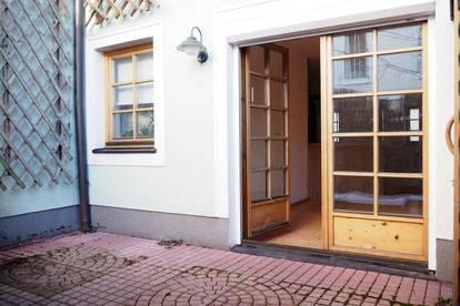 Römerberg! 40 m² WNFL + 18 m² Terrasse im EG, Küche möbliert, sofort beziehbar, unbefristeter Mietvertrag!