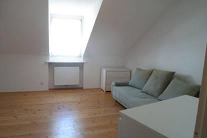 Wienerstraße: Einfache, gut aufgeteilte 2-Zimmerwohnung, 40m2 WNFL, 2.Stock, (ohne Lift)