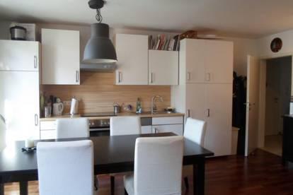 Bürgerstraße: Attraktive, zentrumsnahe 3 Zimmerwohnung mit Balkon und ablösefreier Küche, 72m2 WNFL, 3.Liftstock