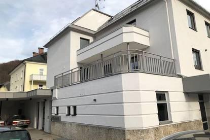 günstige großzügige 3 Zimmer Dachgeschoßwohnung in Gnigl Salzburg Stadt