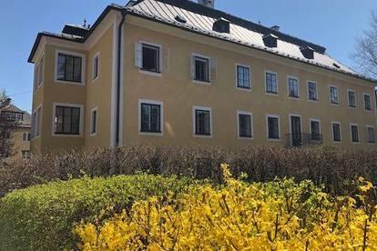 traumhafte großzügige 3 Zimmer Altbauwohnung in einem repräsentativen Stadthaus in Nonntal, Salzburg Stadt