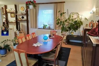 Haus mit vielen Optionen - 012893