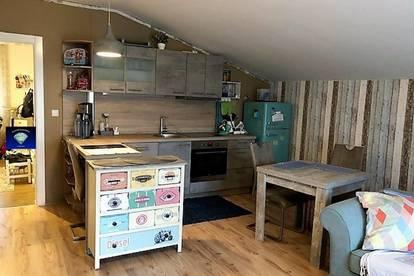 Schöne, neuwertige Wohnung mit großer Terrasse, See Nähe - 001058