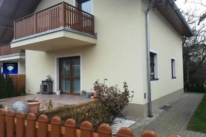 Gepflegte Doppelhaushälfte in ruhiger Siedlungslage - 013059