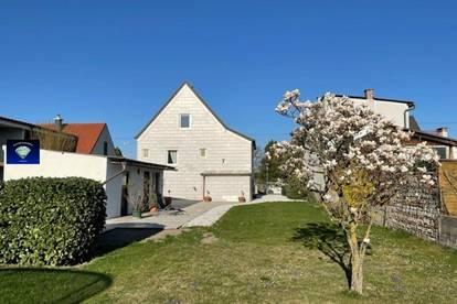 wunderschöne, sehr stilvolle kleine Wohnung mit Gartenmitbenüzung - 013133