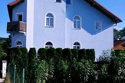 Optimale Singelwohnung mit Balkon