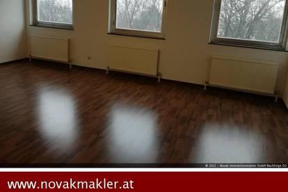 2540 Bad Vöslau, Bahnstraße - Ideal für Single und Paare mit Lift