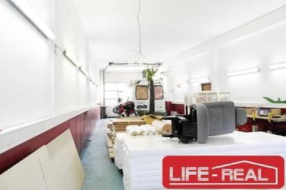 vermietete, große, gepflegte Garage mit Platz für mehrere PKW`s sowie Wohnmobile