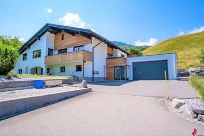 eindrucksvolles Haus mit 2 Wohnungen