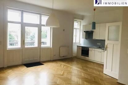 Prachtvolle Großwohnung im 2 Familien Villa in Dornbach.